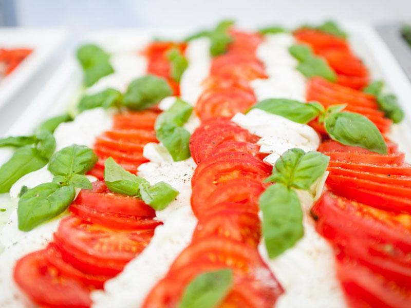 Catering-Wuppertal-Tomate-Mozzarella